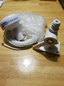 Marine GPS  and a Antenna Mount all new never used.